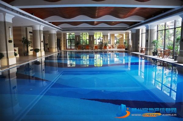 室内恒温游泳馆
